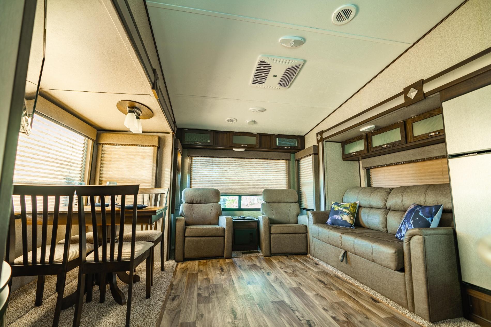 Hakuna Moscato - RV on Horse Ranch photo 15684539