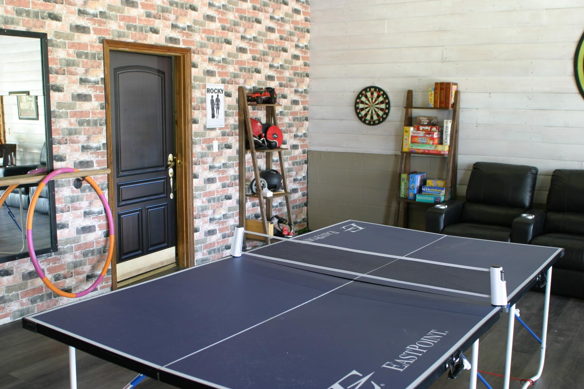 A Flight of Red - Runway home with Large Game Room photo 16763378