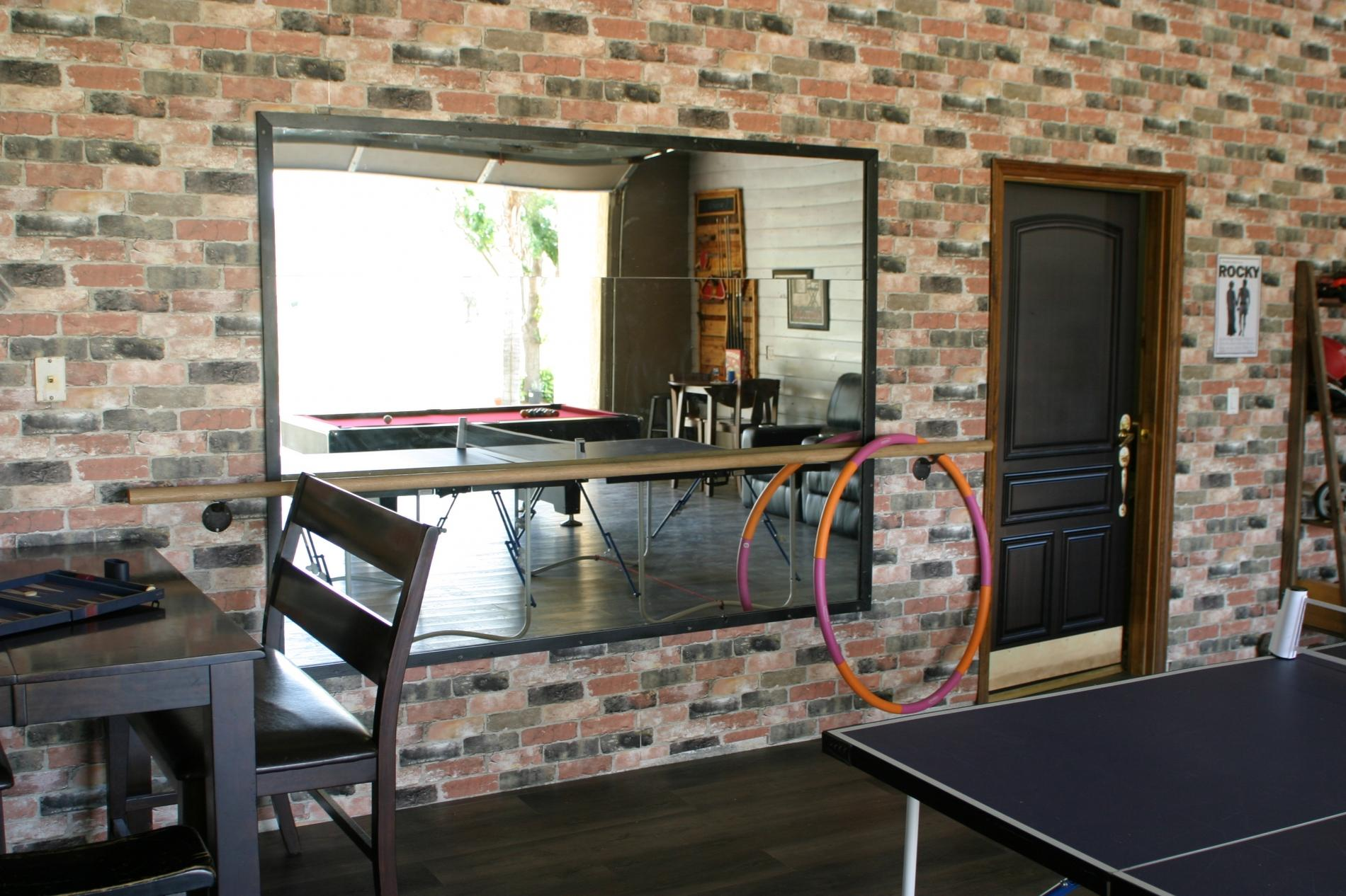 A Flight of Red - Runway home with Large Game Room photo 16885148