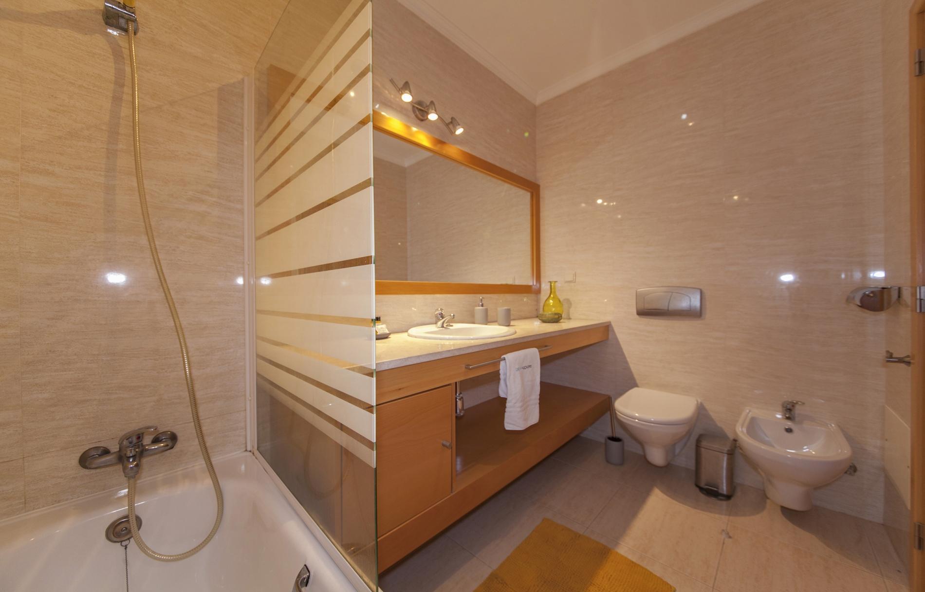 Apartment B44 - Alto do Quintao Central Apartment photo 22522543