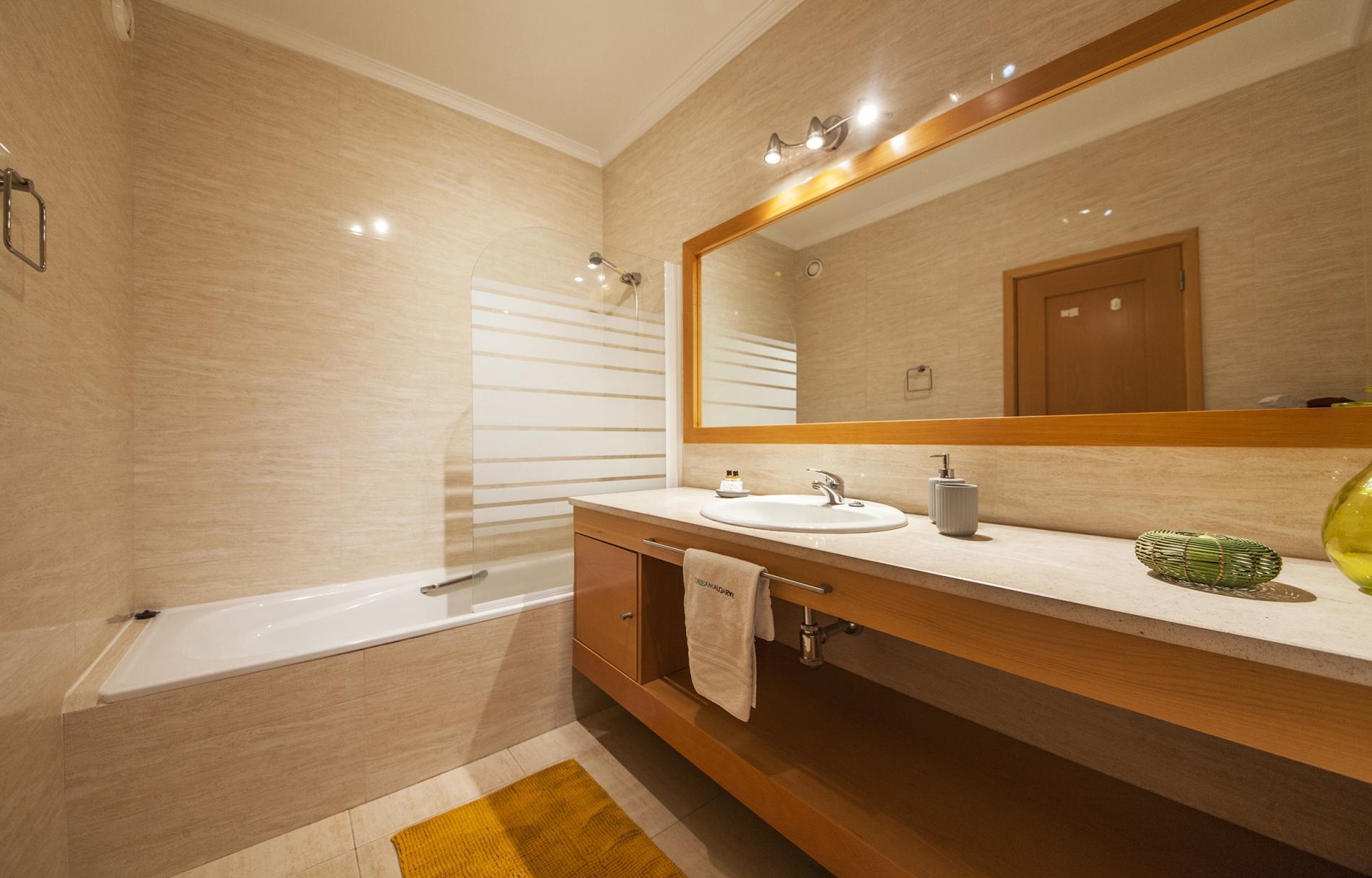 Apartment B44 - Alto do Quintao Central Apartment photo 22522542