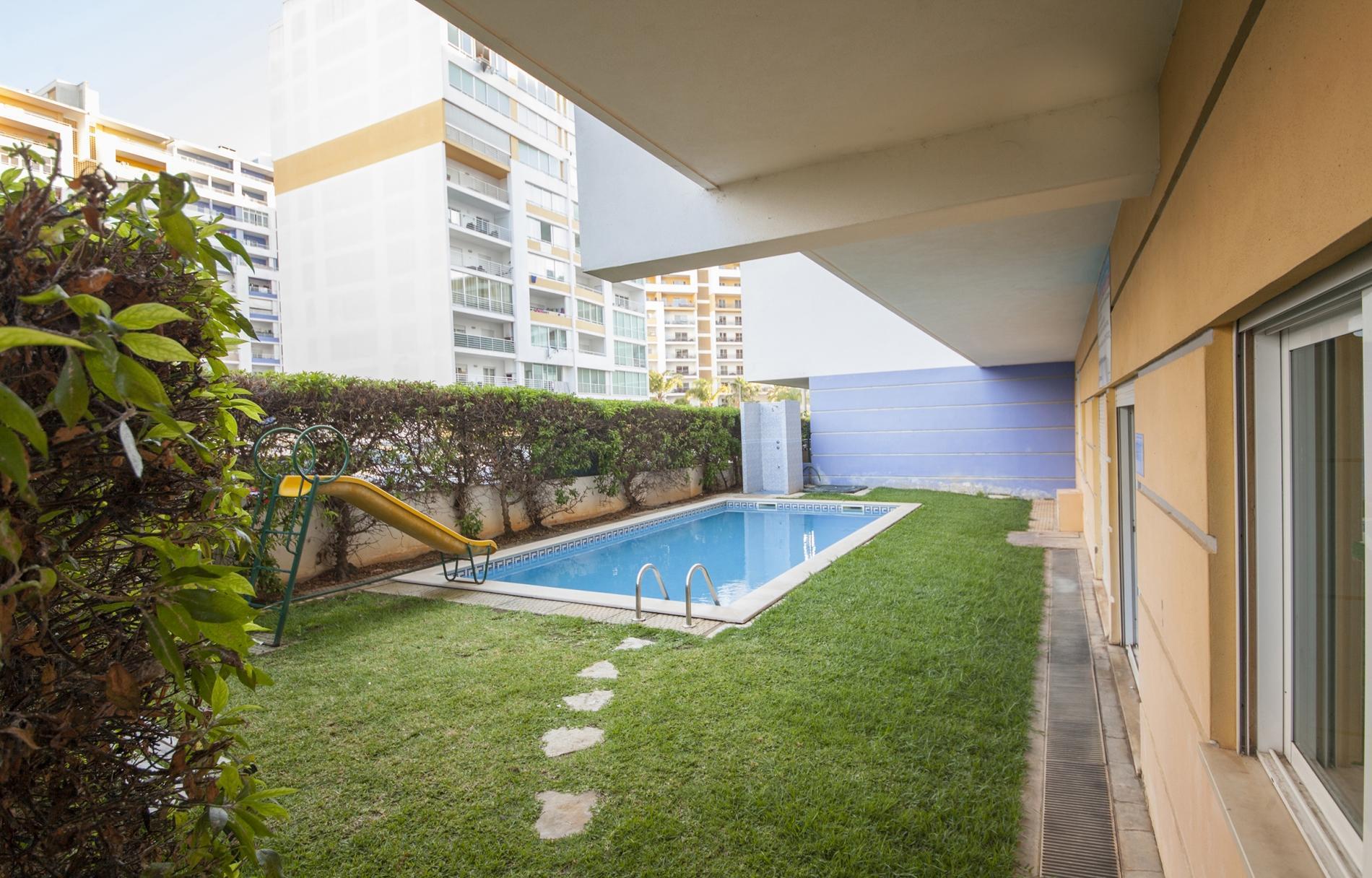 Apartment B44 - Alto do Quintao Central Apartment photo 22522545