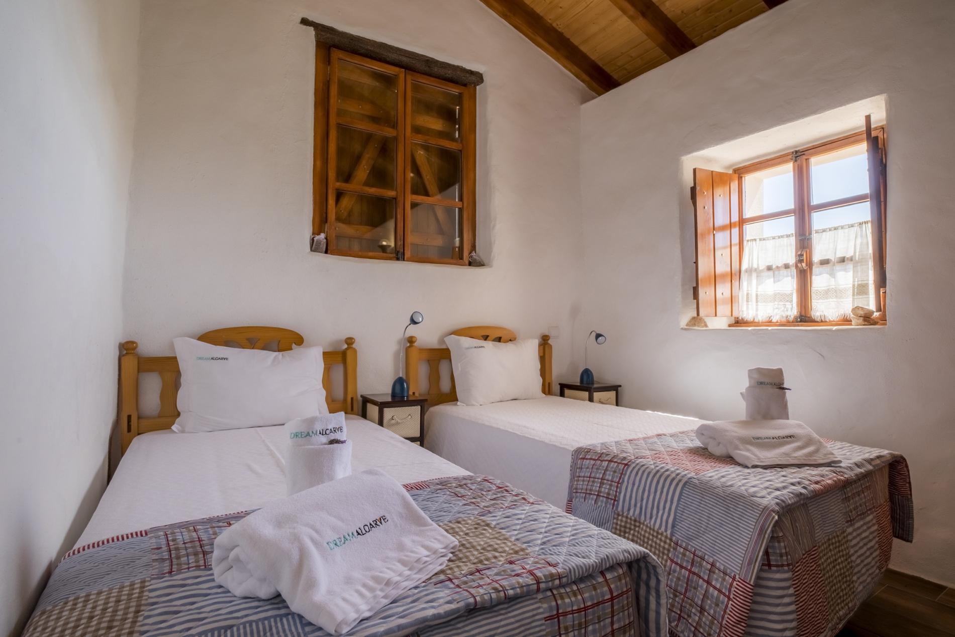 F - Casa do Garibaldi in Quinta das Alagoas photo 22521330