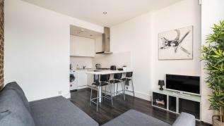 Fantastic 1BD flat in the centre