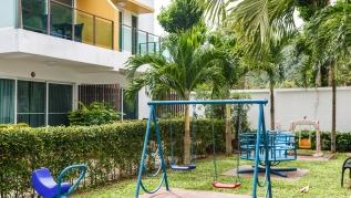 AP13 - Large house with pool and gym, children playground