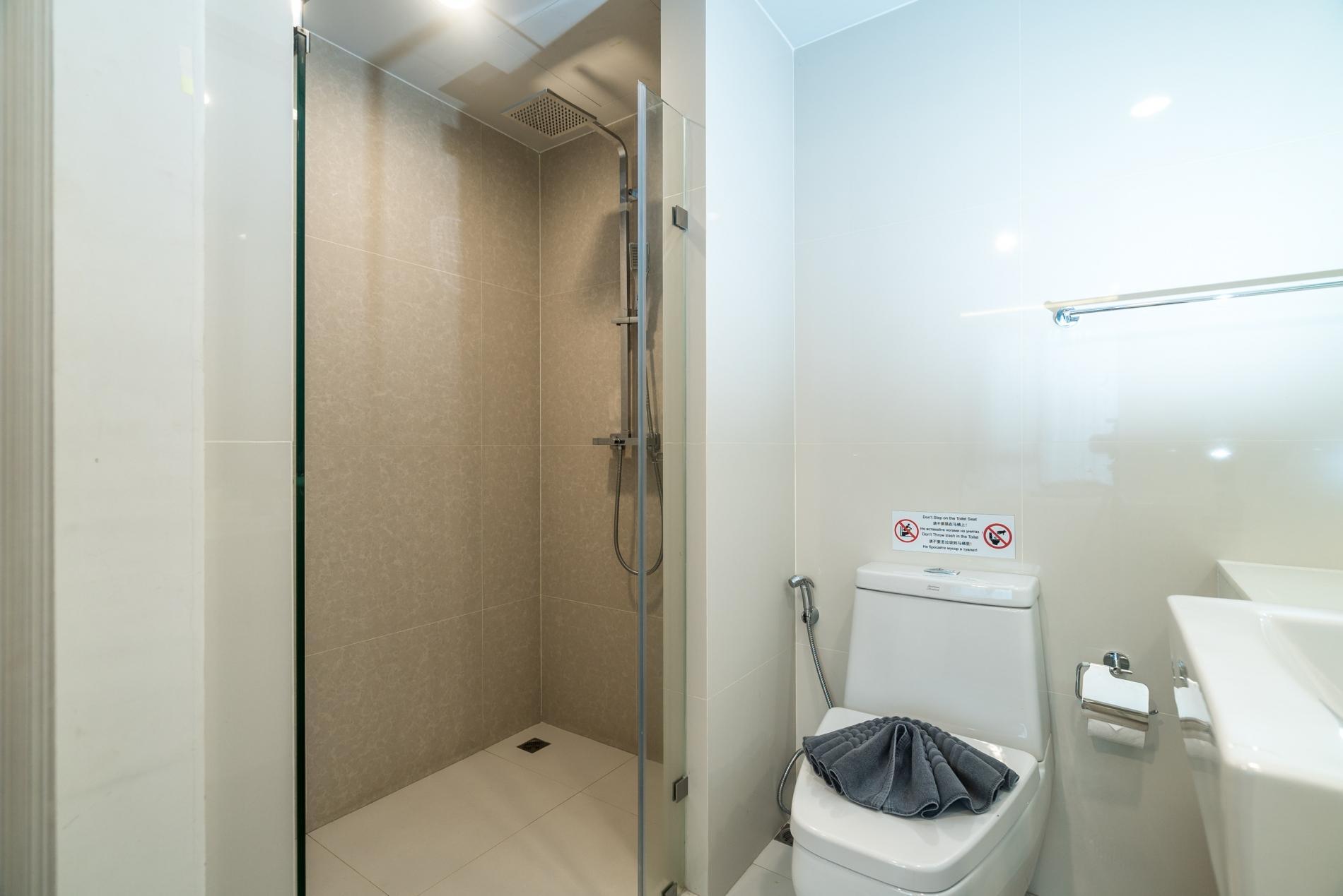Apartment Aristo 216 - Pool access duplex in Surin condo for 4 people photo 20177501