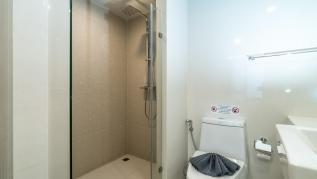 Aristo 216 - Pool access duplex in Surin condo for 4 people