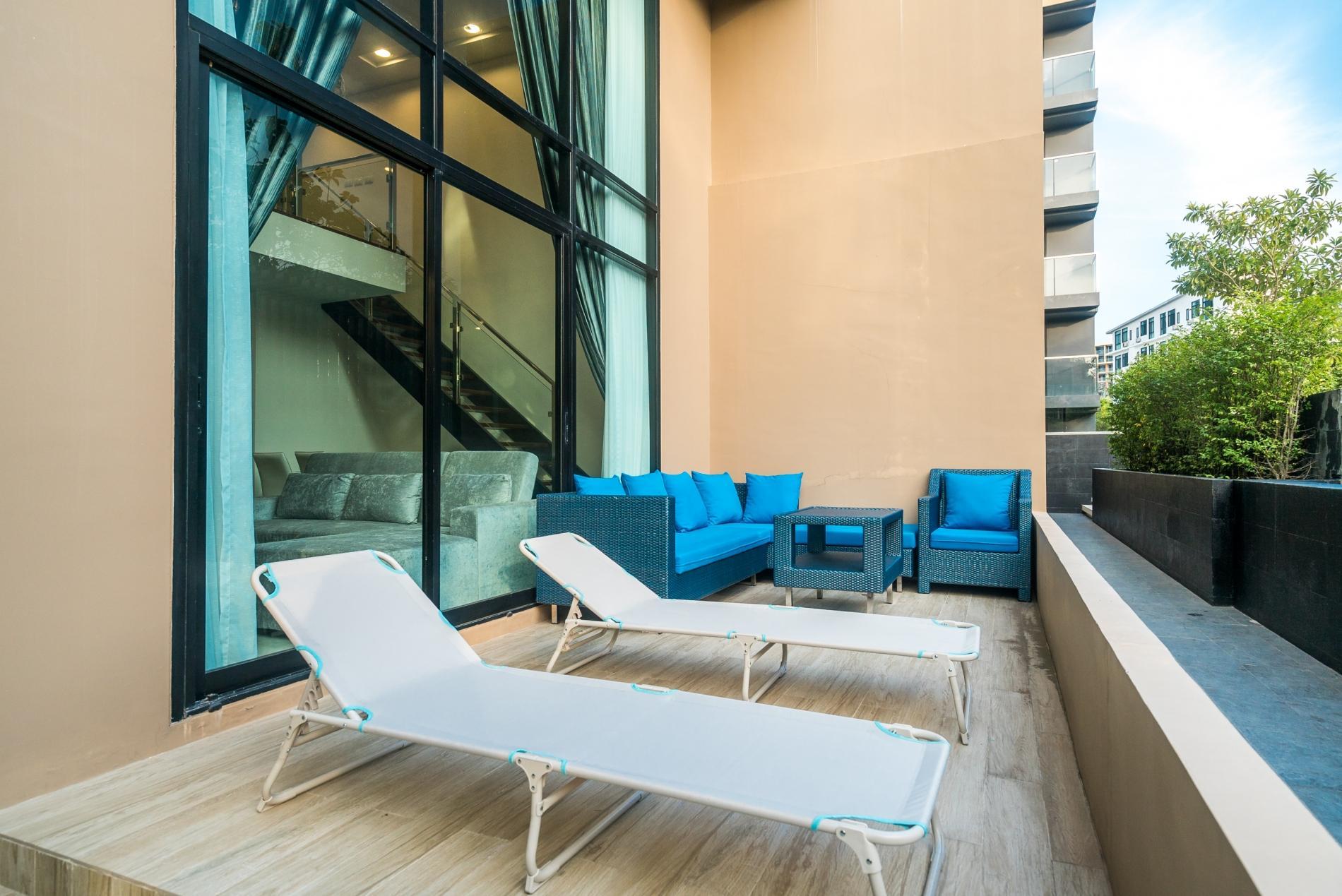 Apartment Aristo 216 - Pool access duplex in Surin condo for 4 people photo 20185313