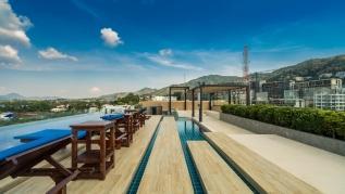 Aristo 521 - Brand new studio close to beach, 3 pools.