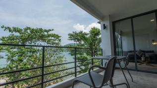 Beachfront and seaview apartment for 4 on Kamala - KBE