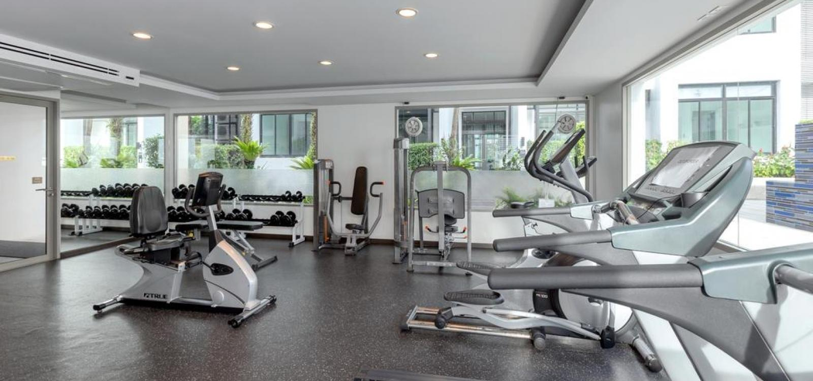 Kamala Regent D202 - Modern apartment with pool and gym, walk to beach