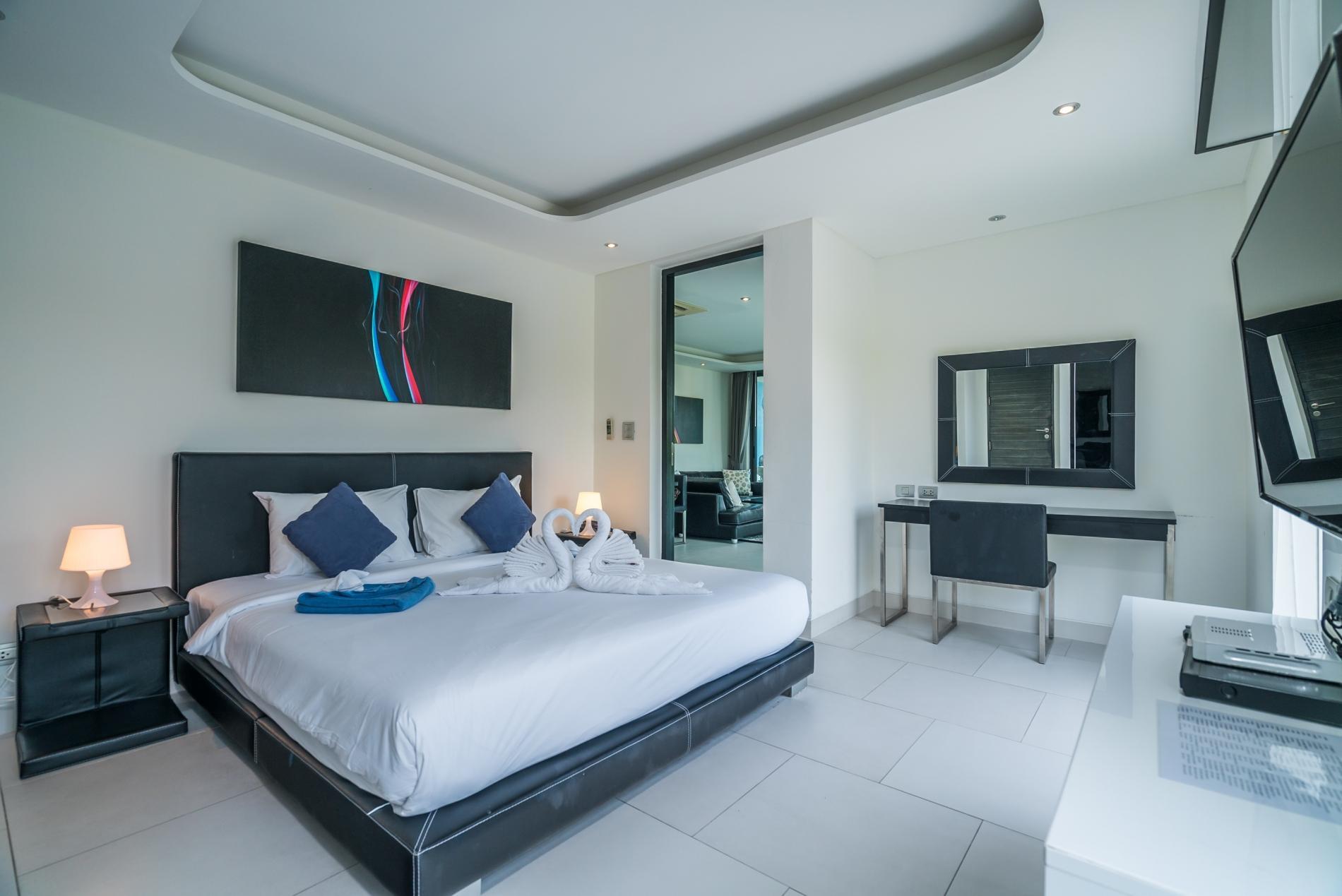 Apartment Twin Sands 1406 - Panoramic seaview apartment walk to beach  shared pool photo 17077444