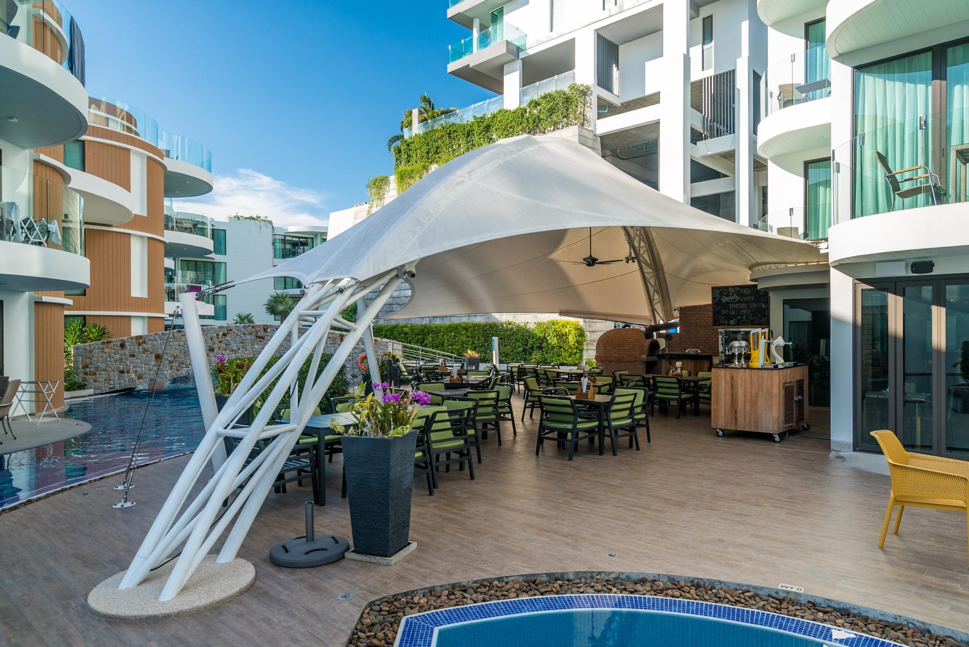 Apartment Twin Sands 1406 - Panoramic seaview apartment walk to beach  shared pool photo 17053734