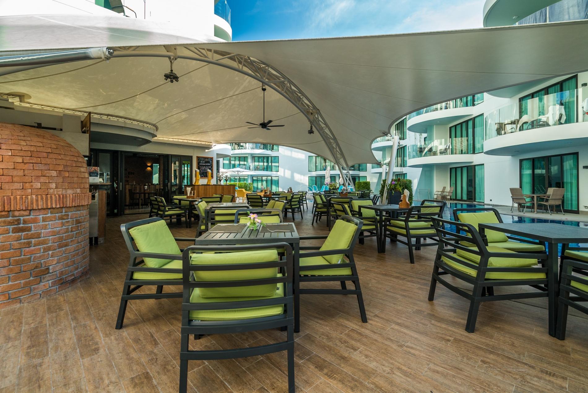 Apartment Twin Sands 1406 - Panoramic seaview apartment walk to beach  shared pool photo 16835658