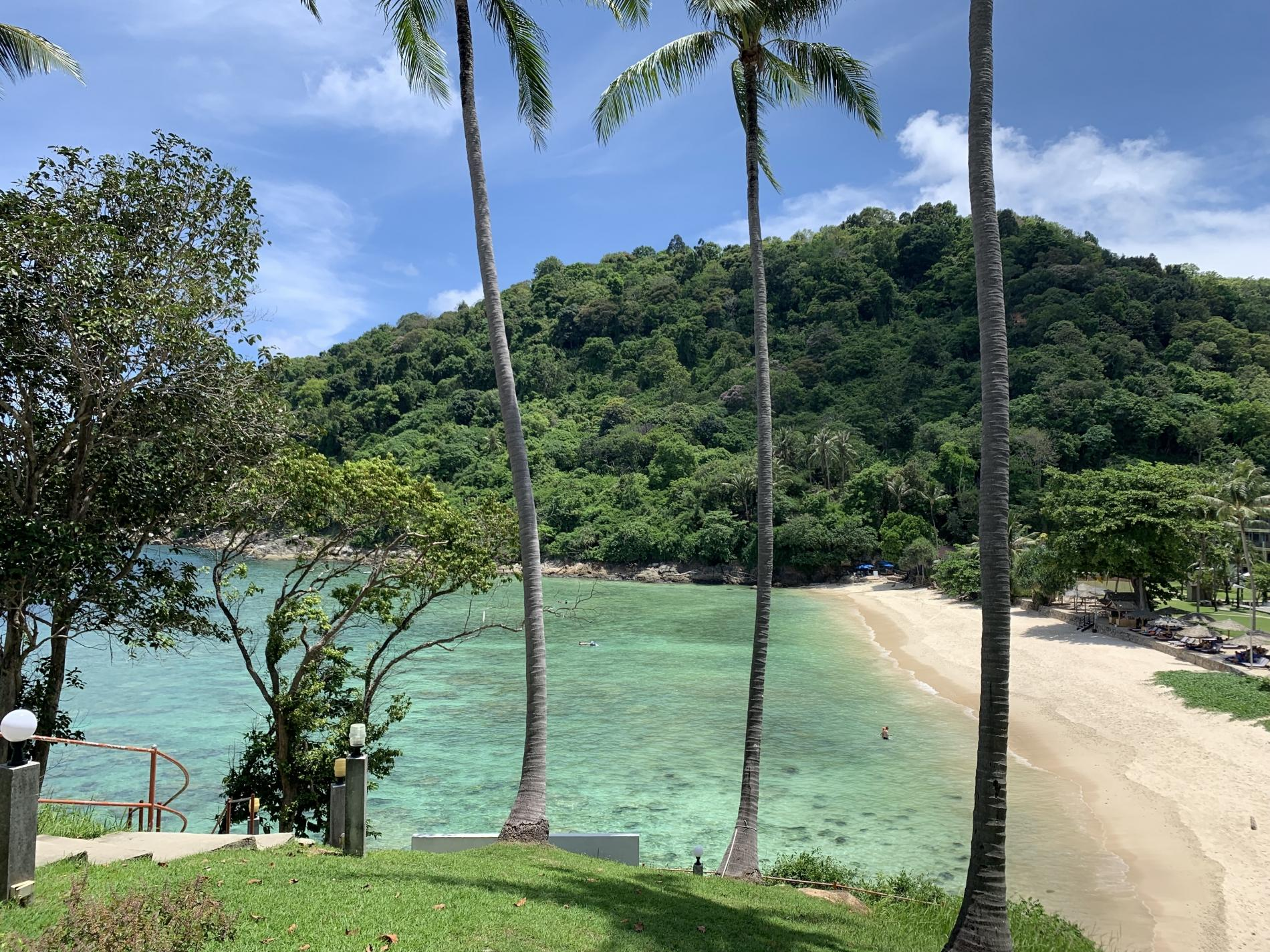Twin Sands 1406 - Panoramic seaview apartment walk to beach, shared pool photo 17053716