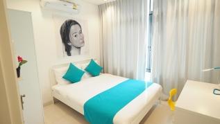 Kamala Regent D302 - Stylish Kamala apartment, pool and gym, walk to beach