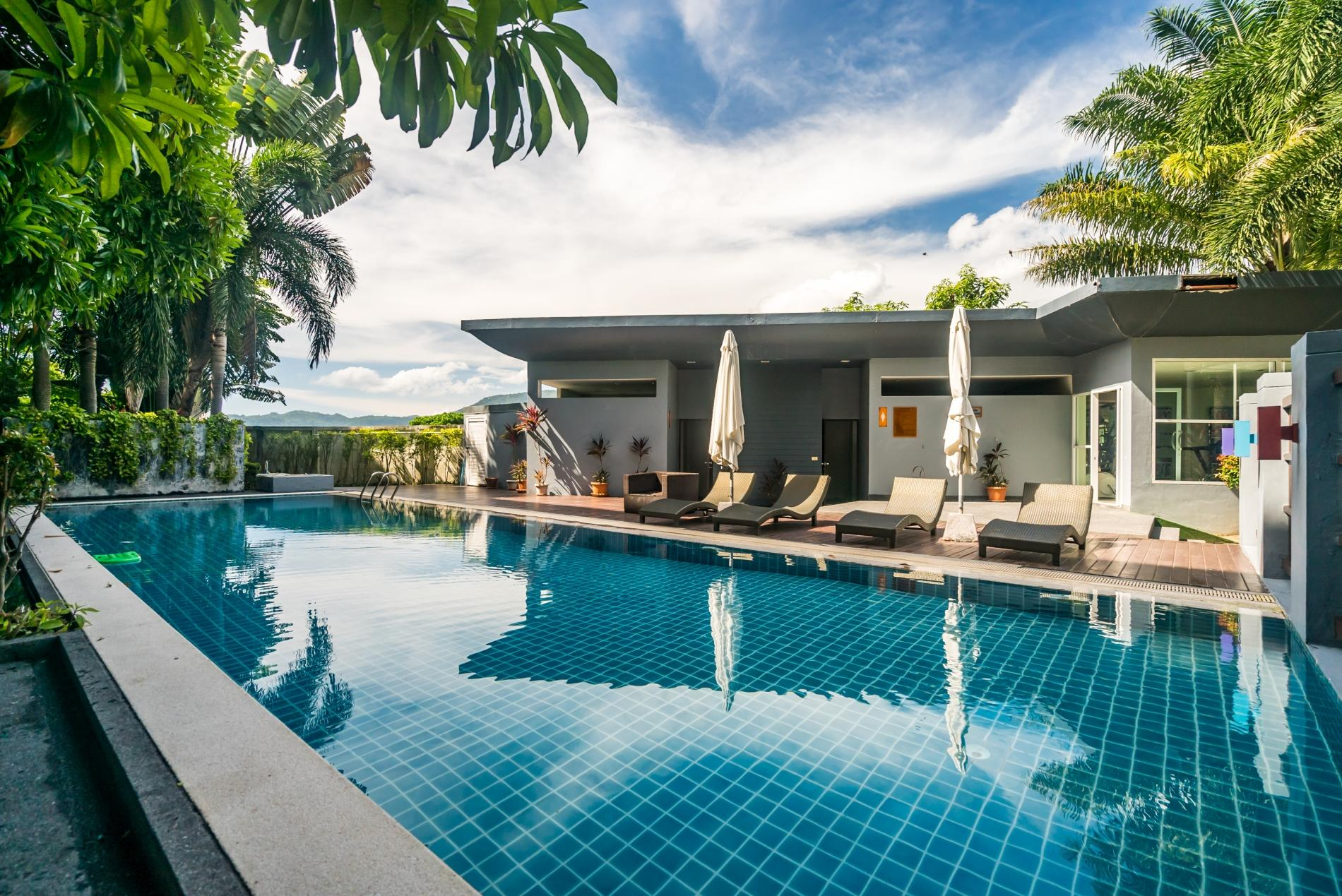 Apartment Pool access studio  rooftop pool and gym in Patong Kris condotel photo 18543995