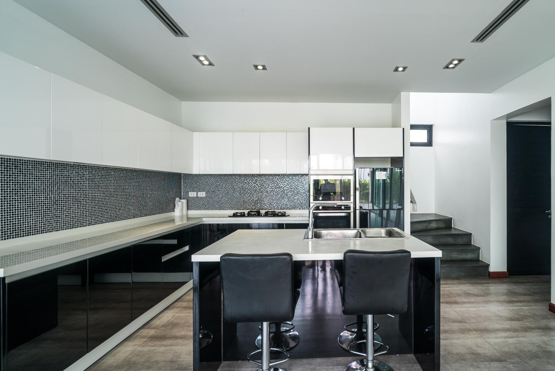 Apartment Diamond 272 - Modern 4 br private pool and garden villa photo 20320656