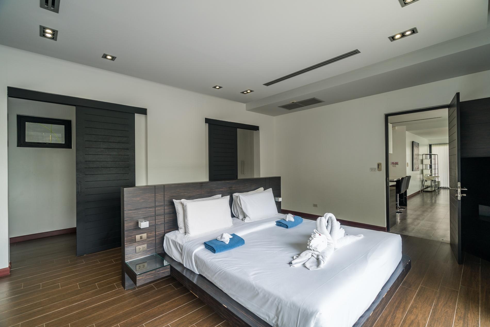 Apartment Diamond 272 - Modern 4 br private pool and garden villa photo 20358271