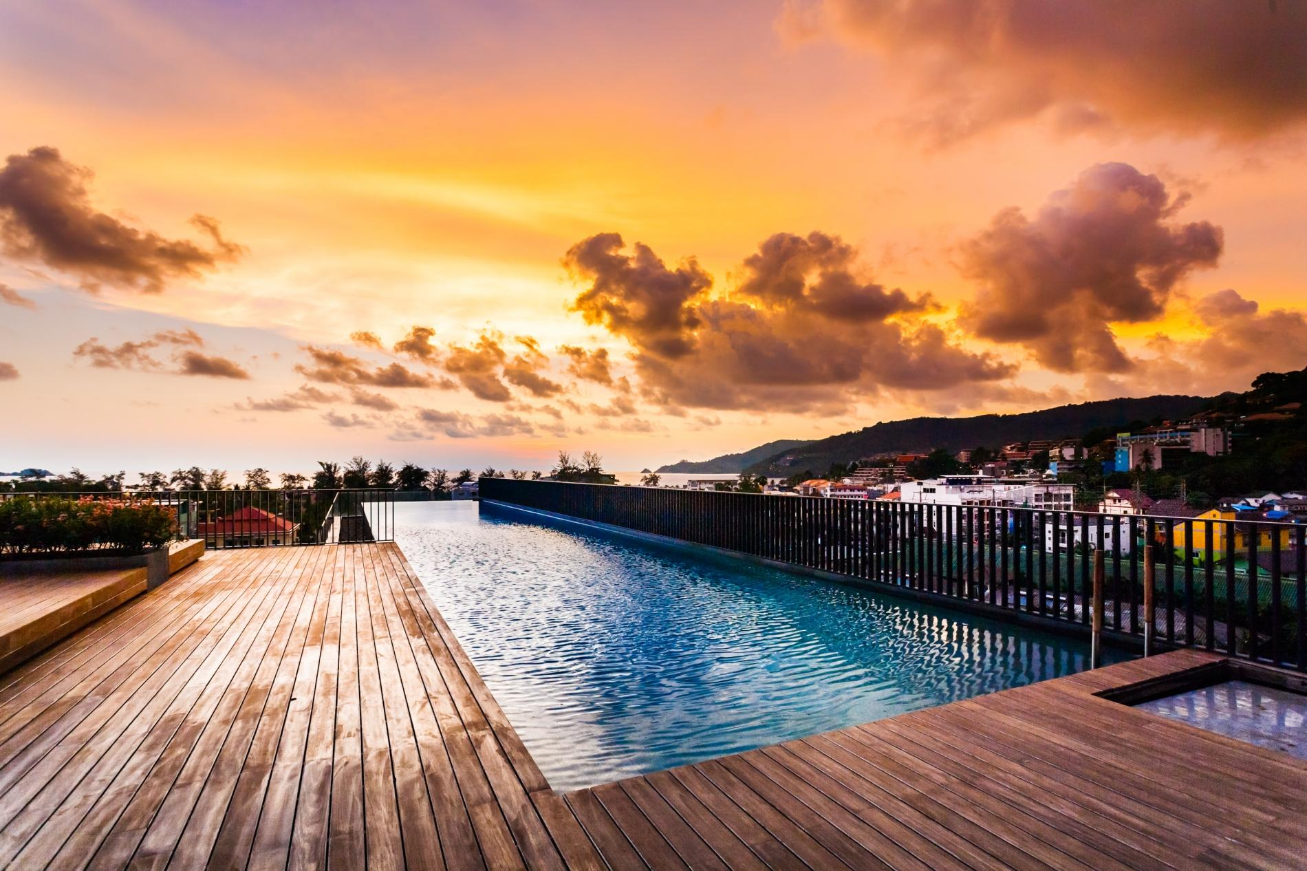 D9 - The Deck Patong, rooftop pool, gym and great location! photo 16934434