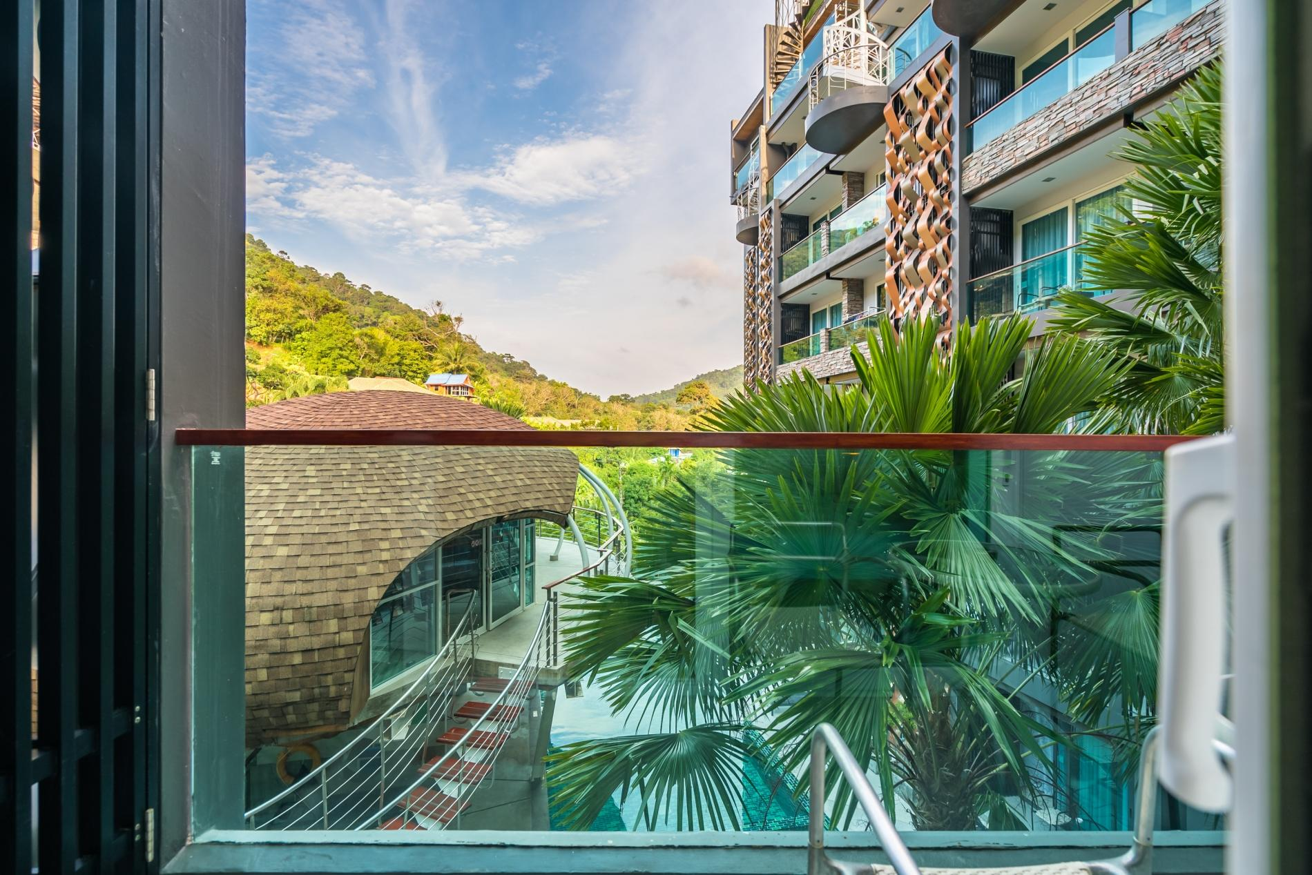 Apartment ET414 - Charming pool view studio  pool and gym in Patong photo 18442681