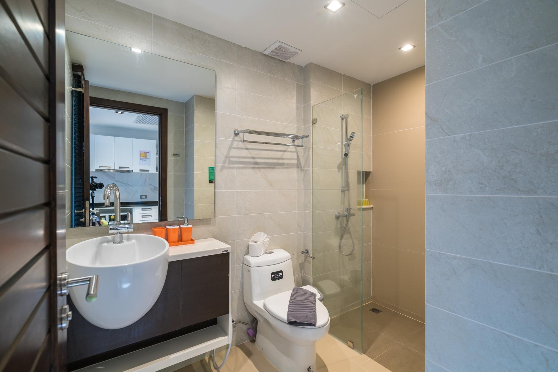Apartment ET414 - Charming pool view studio  pool and gym in Patong photo 18674680