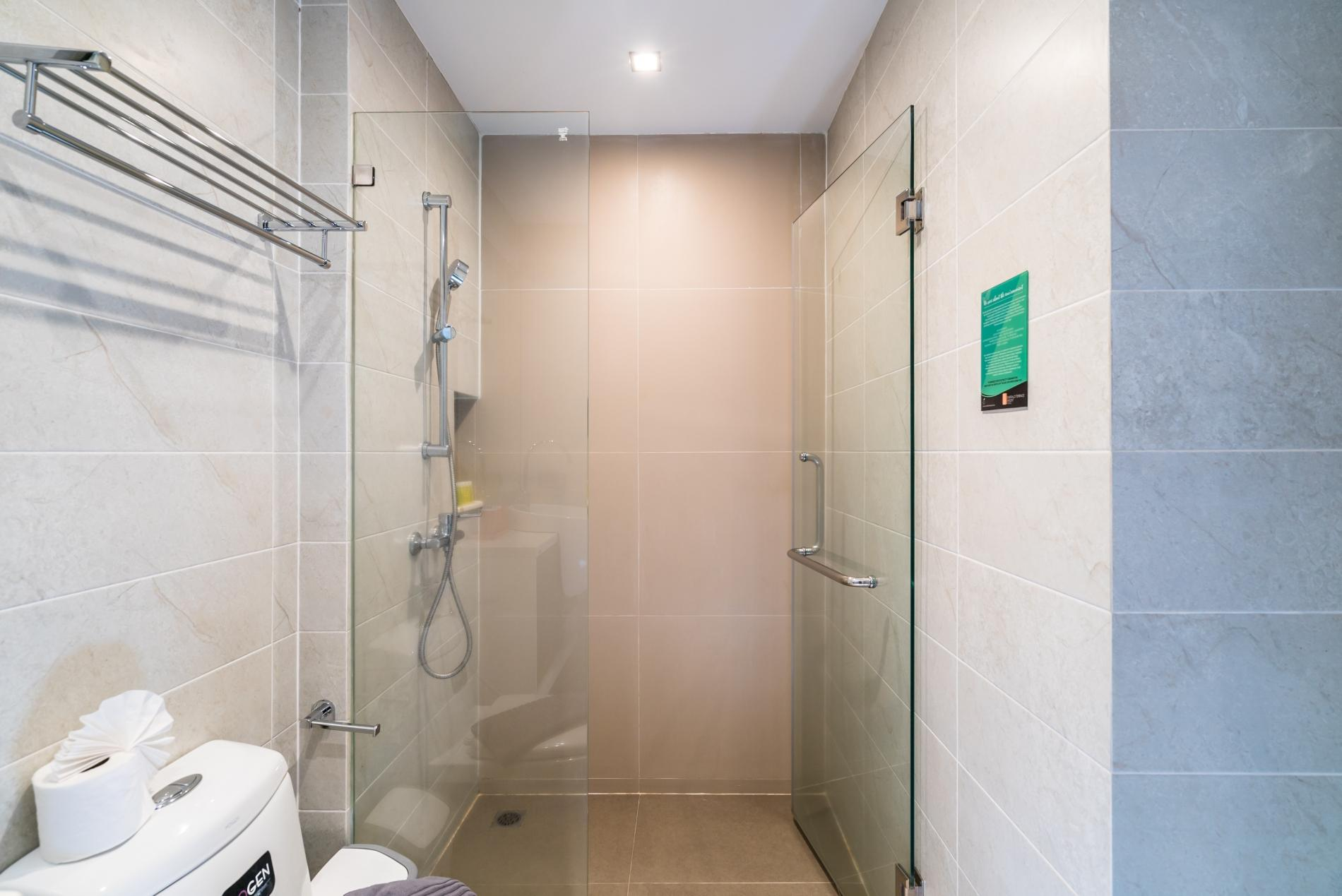 Apartment ET414 - Charming pool view studio  pool and gym in Patong photo 18442693