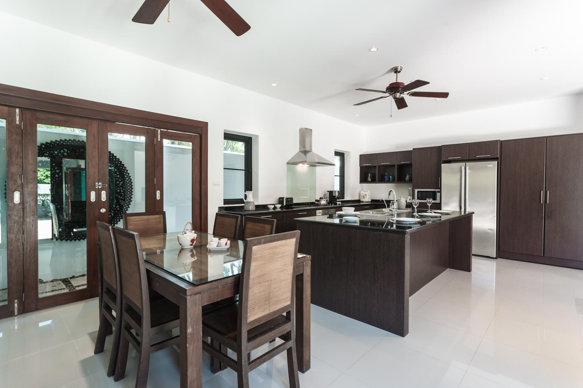 Apartment Frangipani Villa in Nai Harn - 5 bedroom private pool with garden and pizza oven photo 20389707