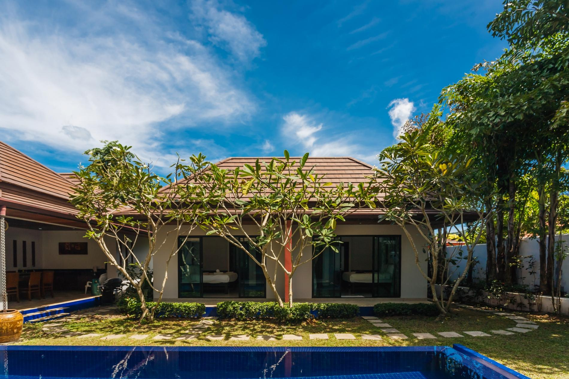 Apartment Frangipani Villa in Nai Harn - 5 bedroom private pool with garden and pizza oven photo 19964024