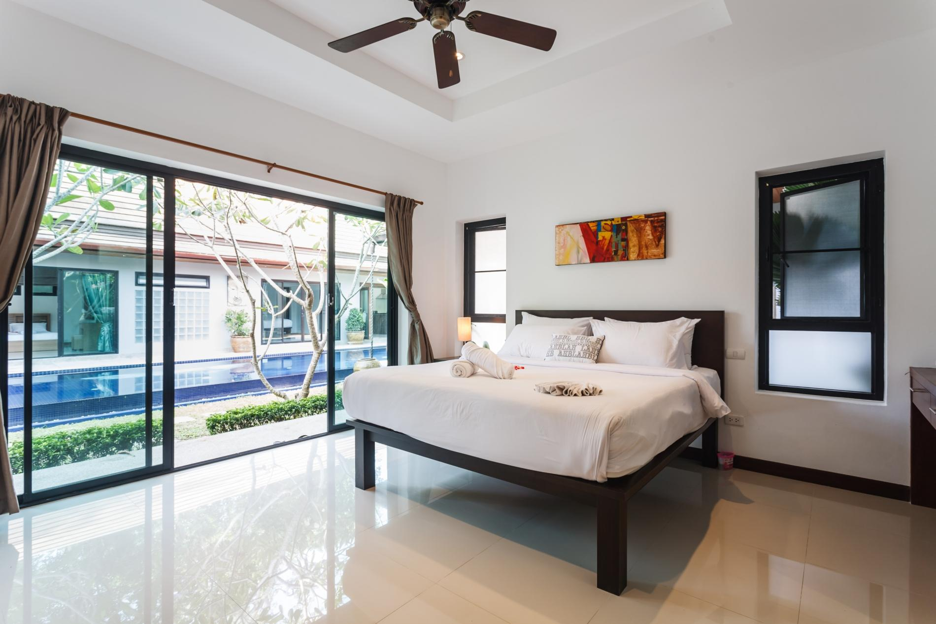 Apartment Frangipani Villa in Nai Harn - 5 bedroom private pool with garden and pizza oven photo 20258400