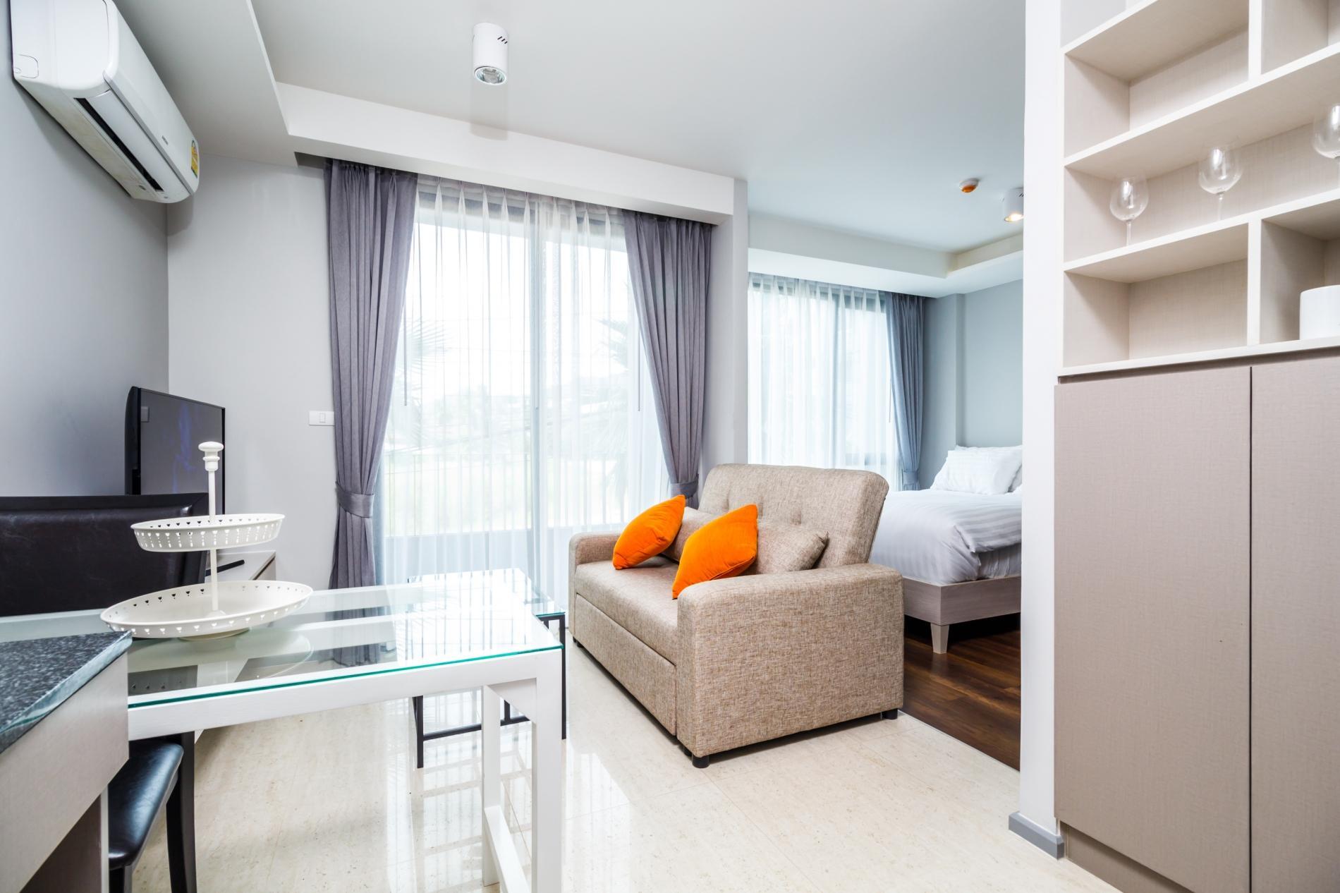 Apartment 6Av 218 - Surin beach studio  pool and gym photo 20395556