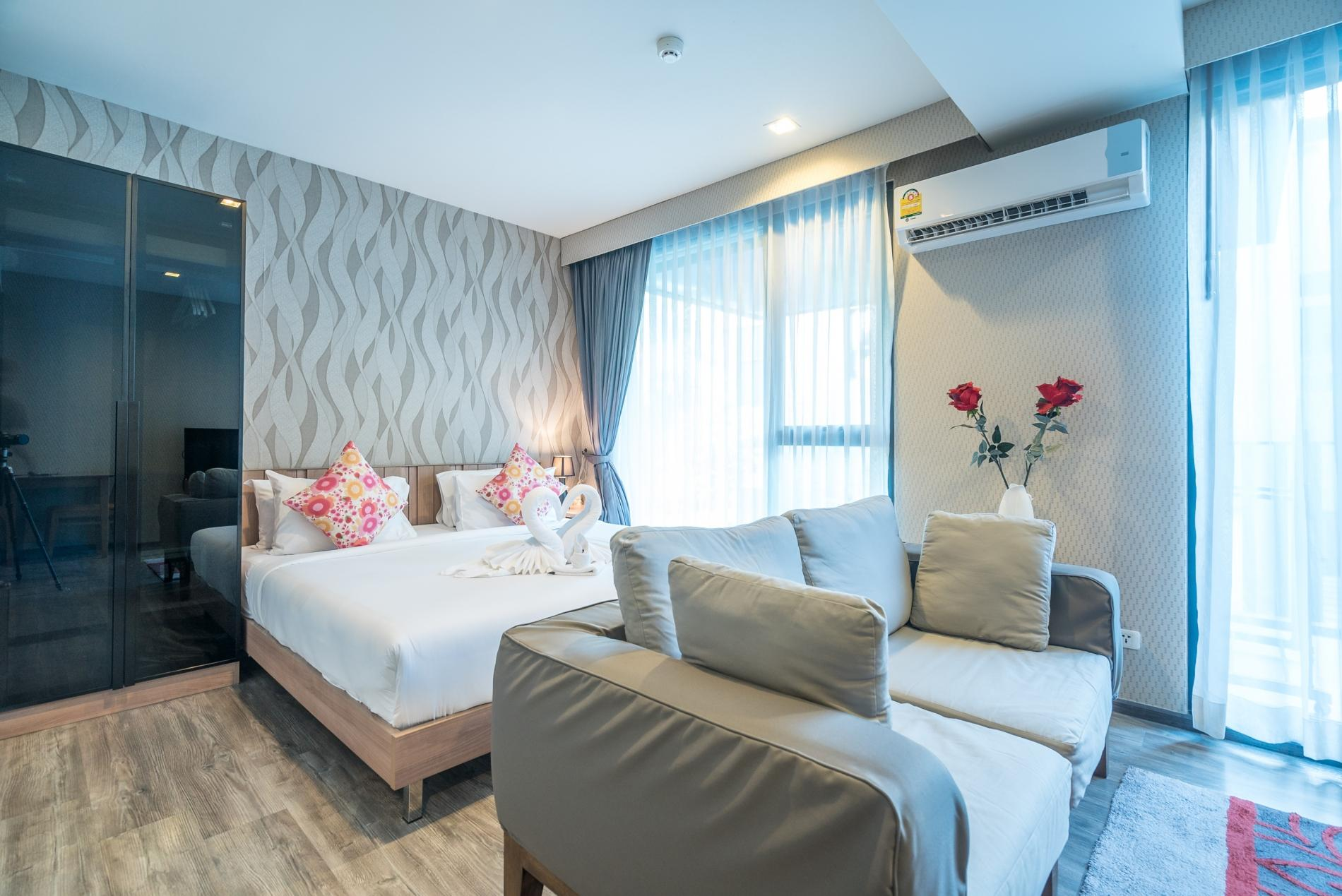 Apartment D48 - Luxury Patong Beach Studio for 2 with Pool   Gym photo 19107898