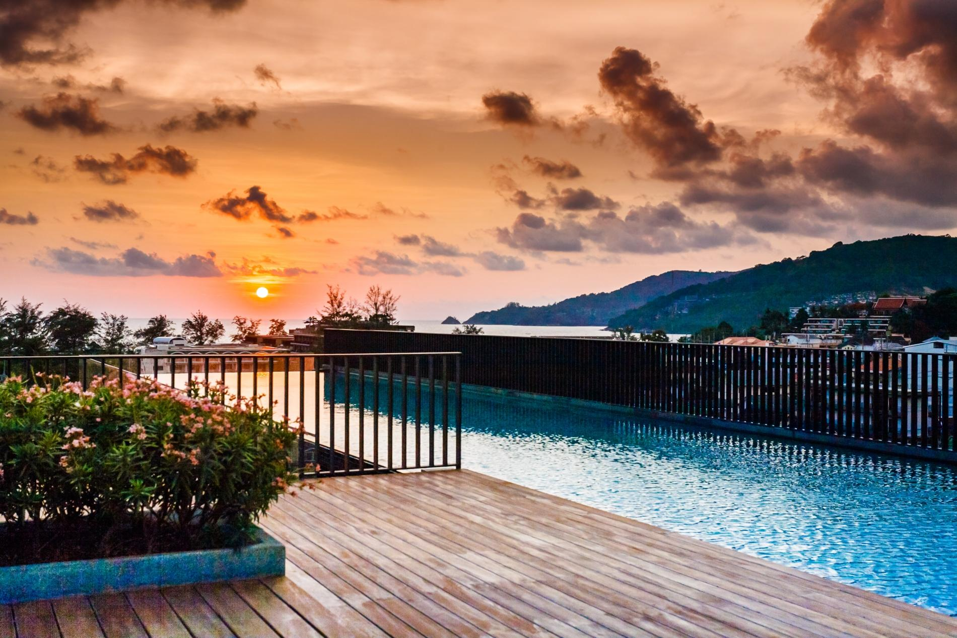 D218 - Luxury Studio for 2 in Patong beach with Pool & Gym! photo 18673146