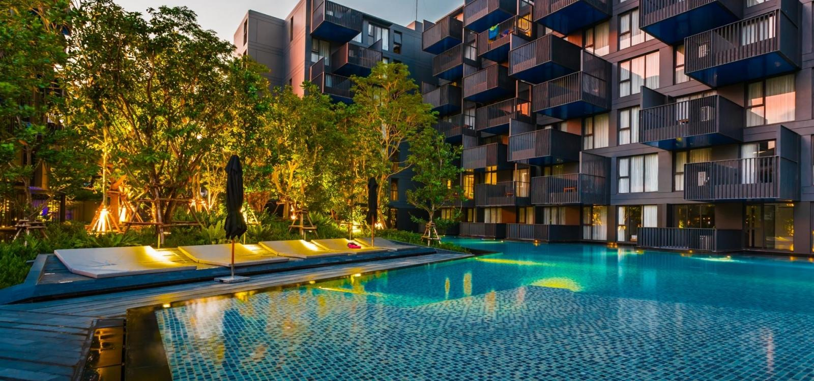 D242 - Studio at The Deck with gym & pool, near Patong beach!