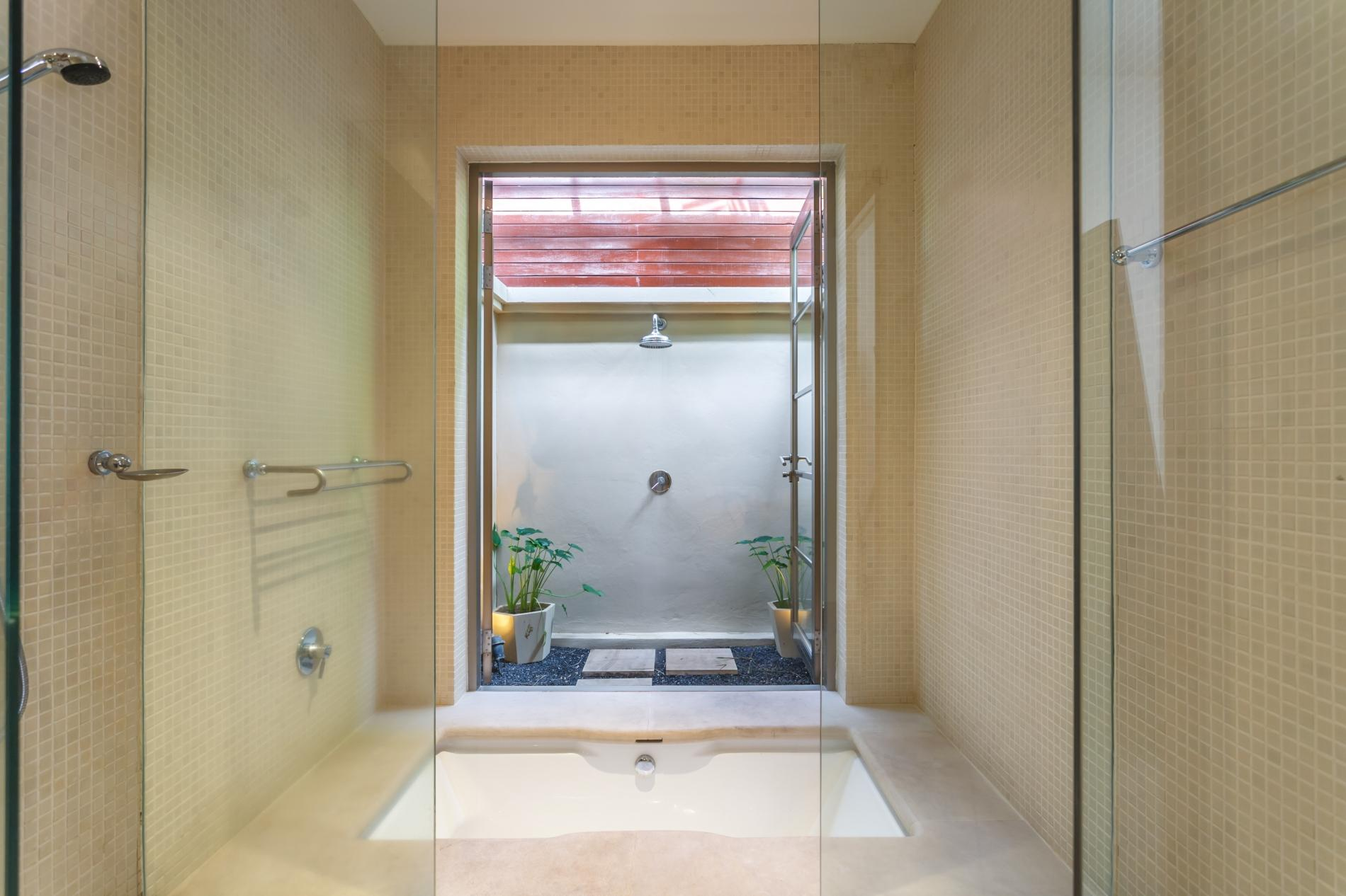 Apartment TR111 - Private pool villa in Bang Tao Residence - 3 bedrooms photo 16835528