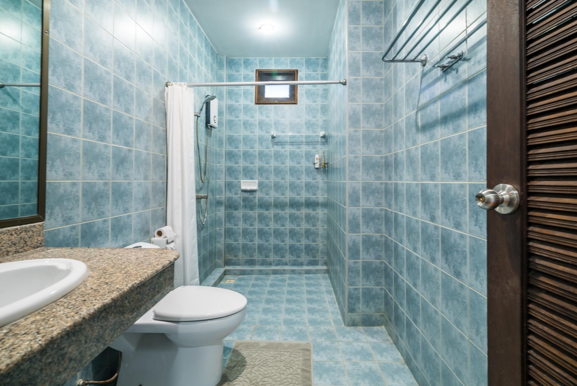 Pasak soi 3 - Convenient pool villa in quiet location, near Laguna, Boat avenue photo 5672238