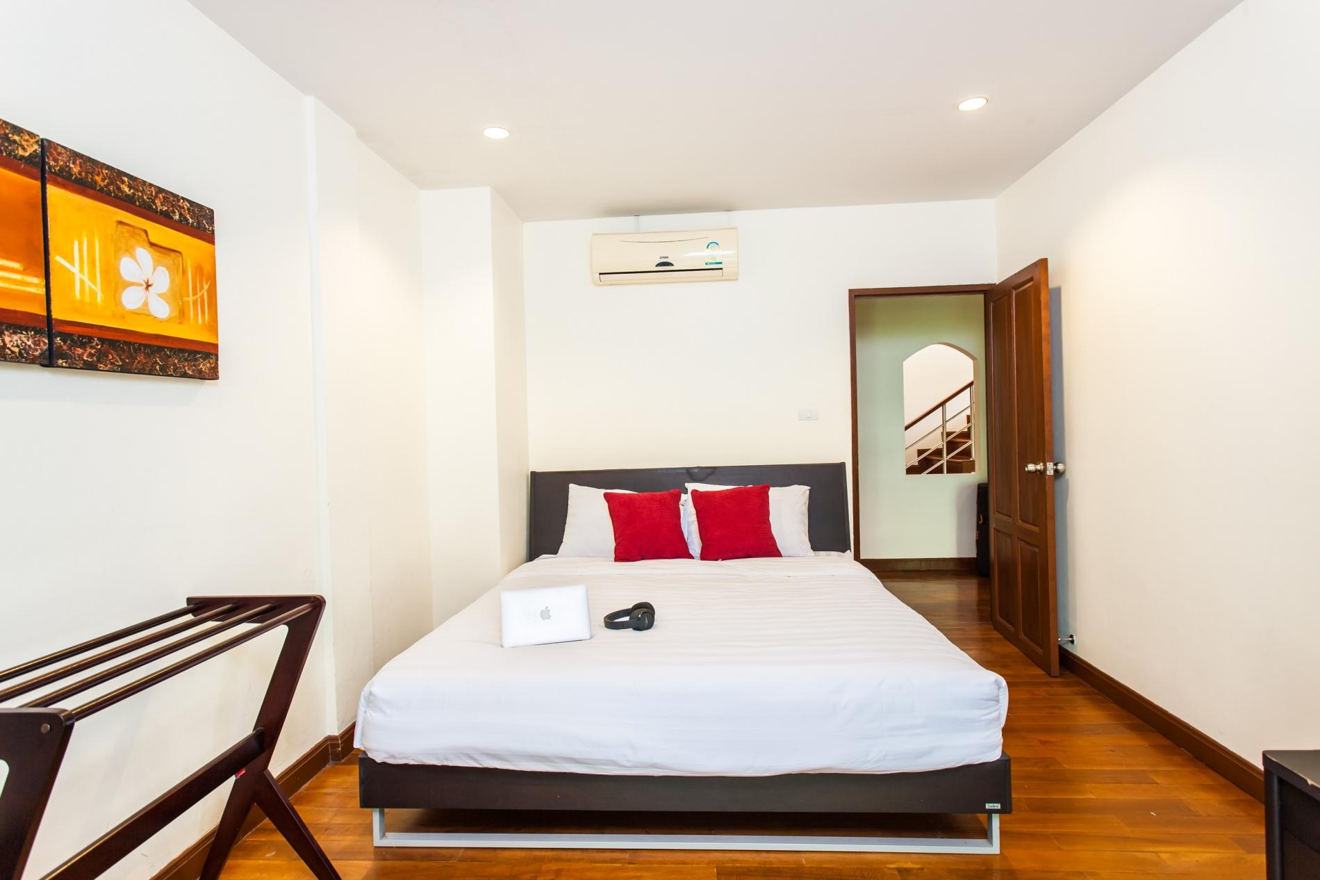 Apartment KTV- Sea view pool villa in Kata for 10 people  Big Buddha views photo 18565202