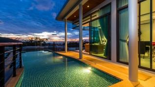 Kamala Sea View villa with private pool and rooftop jacuzzi