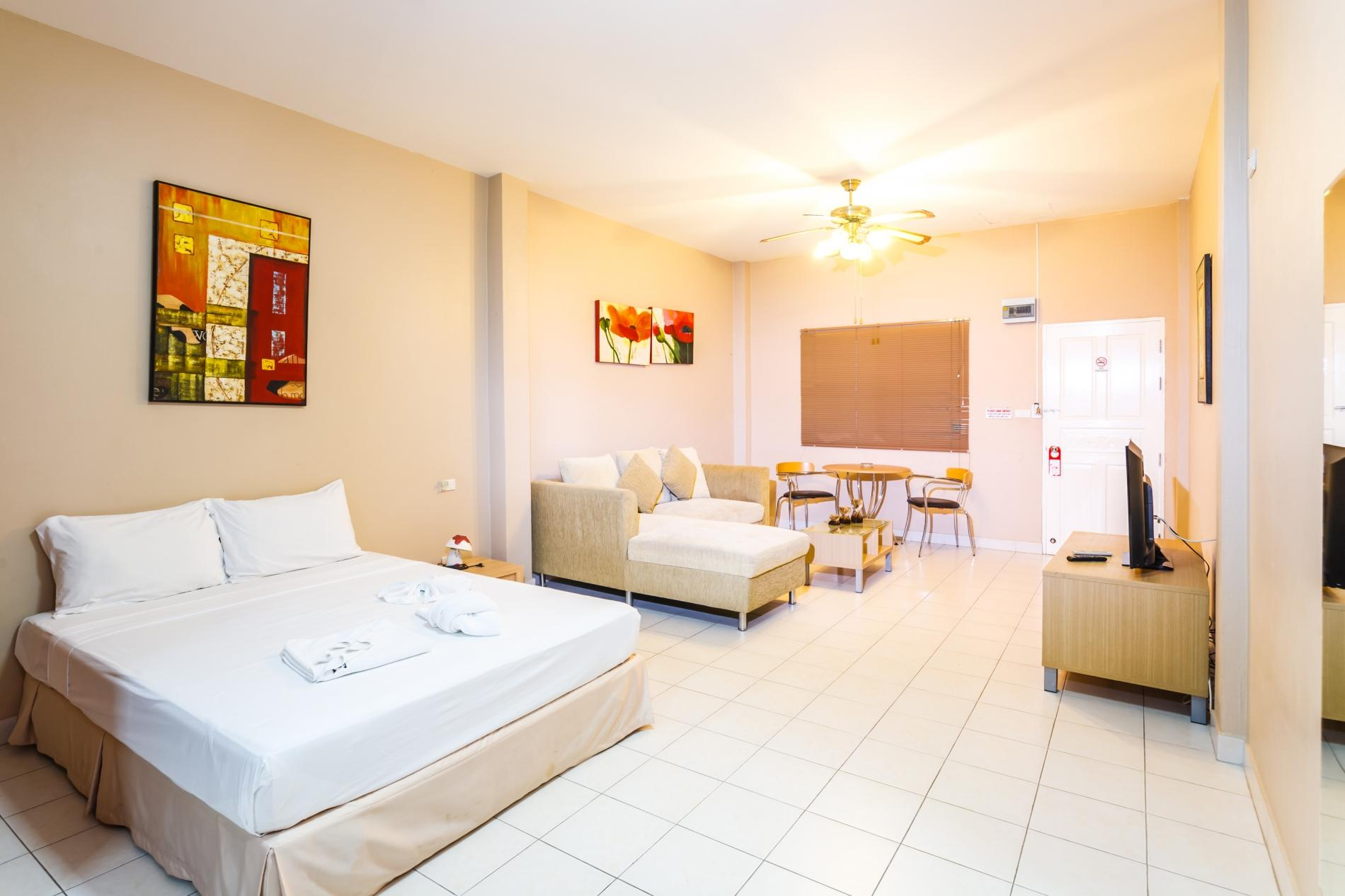 Apartment Jungceylon villa - Private swimming pool and billiards in the heart of Patong photo 20389877