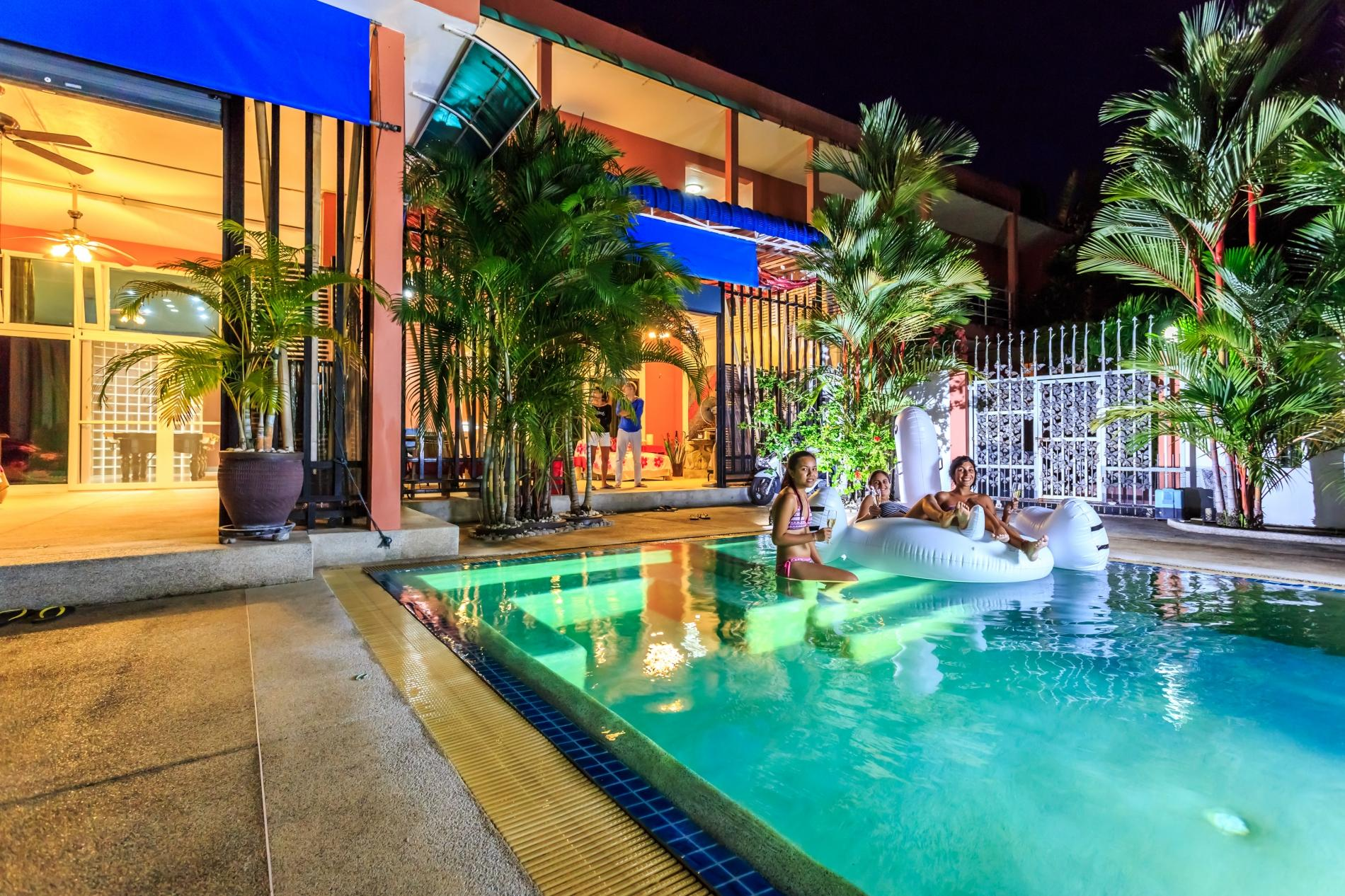 Apartment Jungceylon villa - Private swimming pool and billiards in the heart of Patong photo 20320492