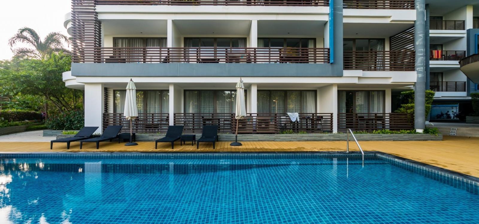 N309 - Seaview studio in Nakalay resort in Kamala, pool, gym and walk to beach