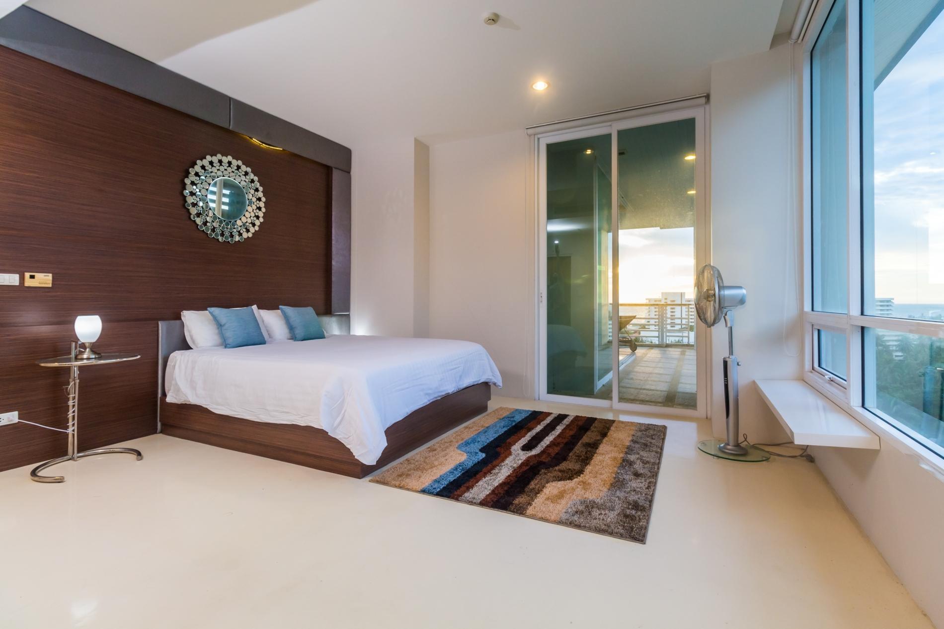 KH2605 - Sea-view Penthouse in Karon, walk to beach, restaurants, bars, shops photo 20390380