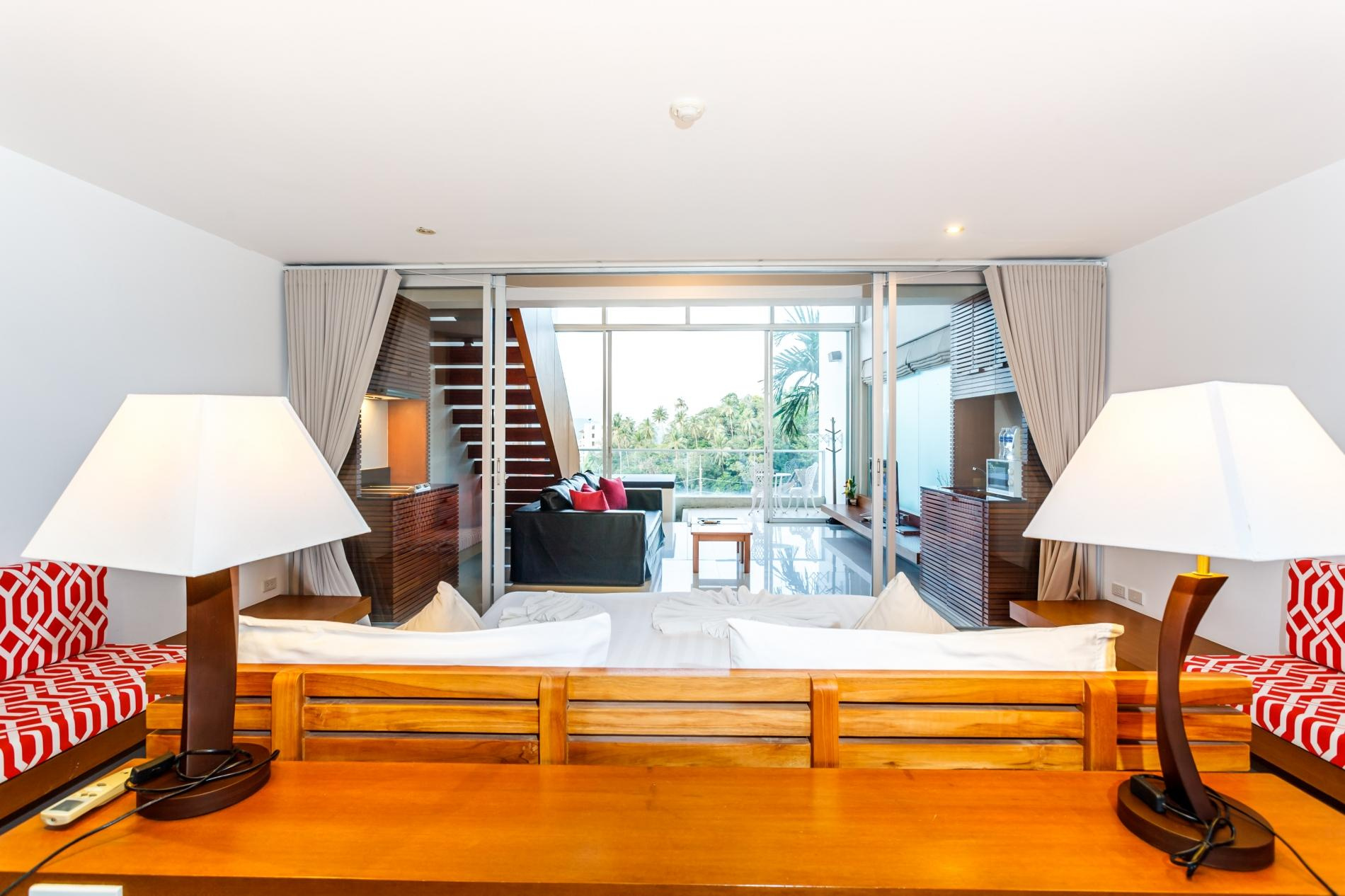 The Quarter 408 - Seaview Duplex in Surin with patio and shared pool photo 5777099