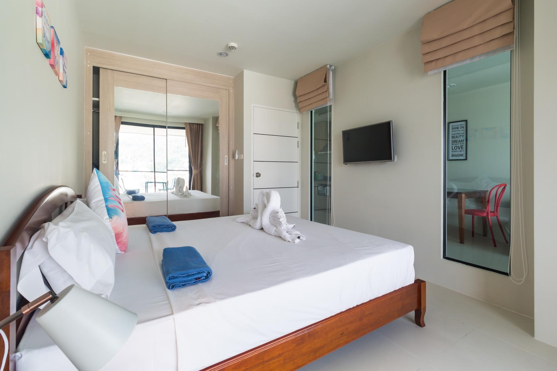 Apartment U606 - Convenient Patong apartment for 3 people with pool and gym  photo 16966344