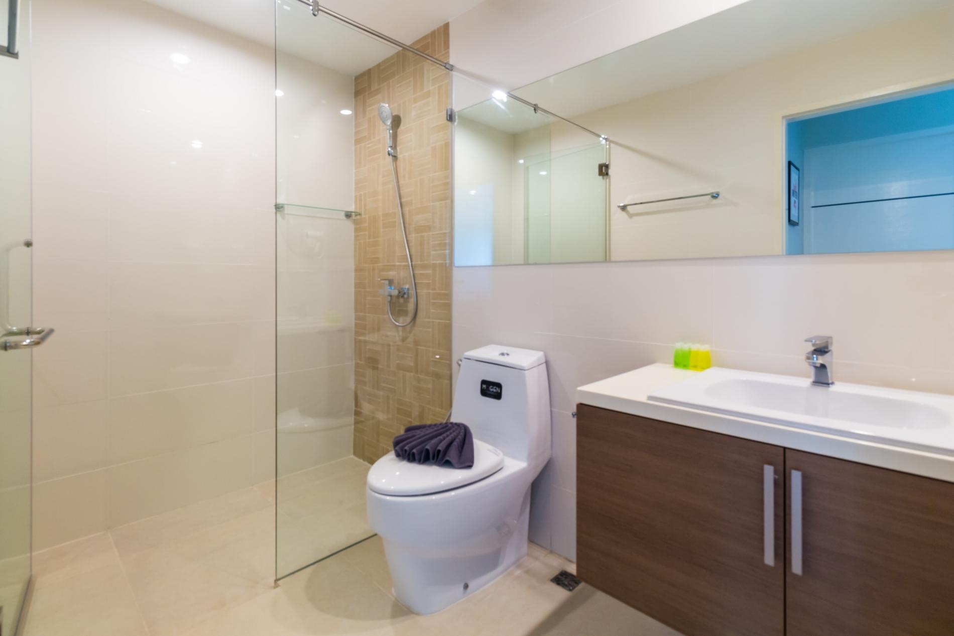 Apartment U606 - Convenient Patong apartment for 3 people with pool and gym  photo 19255674