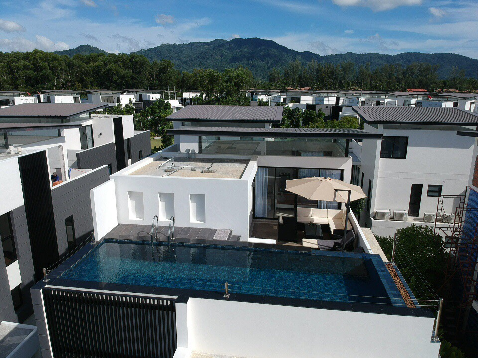 Apartment LP101 - Private rooftop pool villa in Laguna for 9 people  near restaurants and shops photo 16936723
