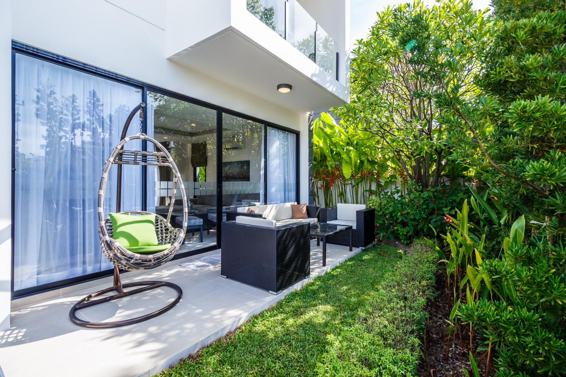 Apartment LP101 - Private rooftop pool villa in Laguna for 9 people  near restaurants and shops photo 20394373