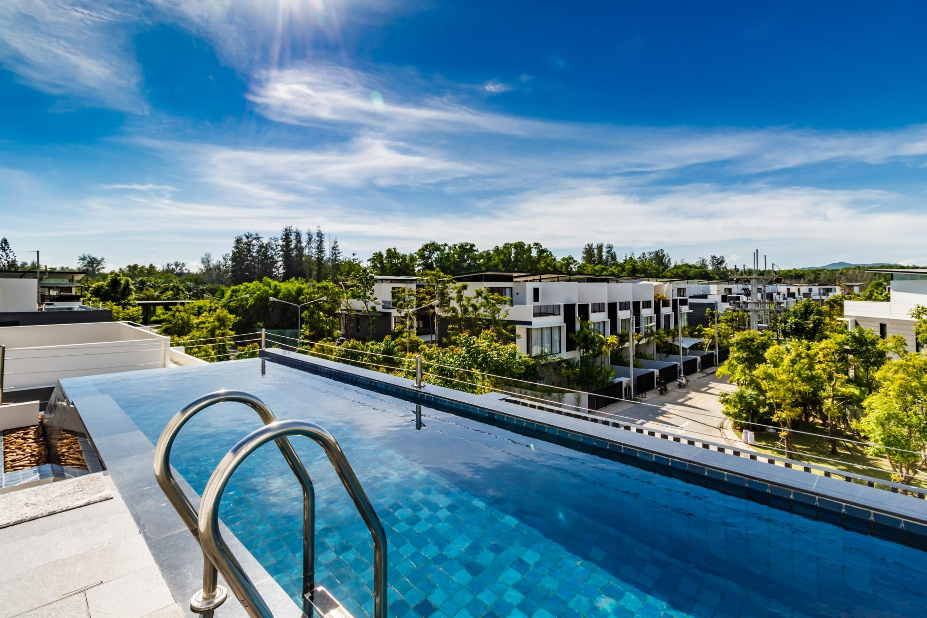 Apartment LP101 - Private rooftop pool villa in Laguna for 9 people  near restaurants and shops photo 16936715