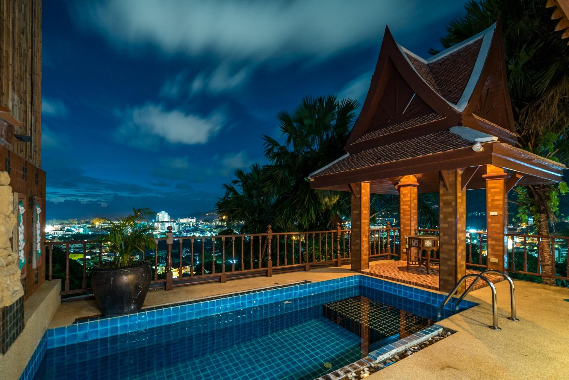 50pee - Seaview pool villa in Patong, boxing bag, foosball table, darts and fun! photo 20176599
