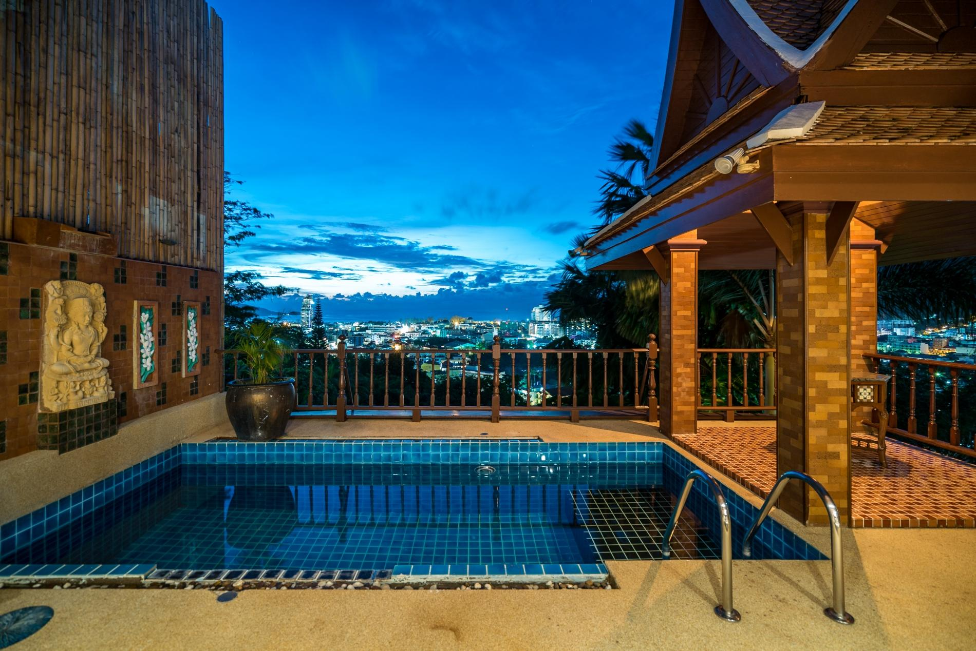 50pee - Seaview pool villa in Patong, boxing bag, foosball table, darts and fun! photo 20255012